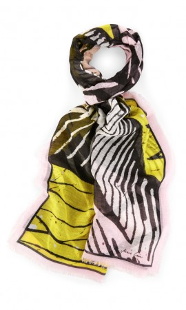 Marccain summer scarf with africa print